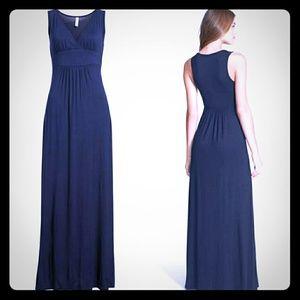 Loveappella Dresses - Loveappella V-Kneck Jersey Maxi Dress NWOT